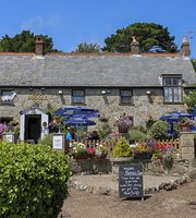 The Buddle Inn