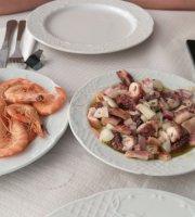 Restaurante La Orilla De Los Pescadores