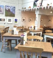 Hartington Farm Shop and Cafe