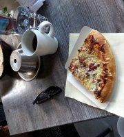 Bar Cafe Hemingway's