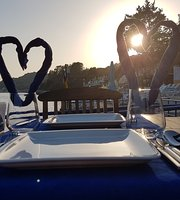 Elit Beach & Restaurant
