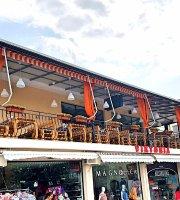 """Bar & Pizza & BBQ """"Viktoria"""" Terrace"""