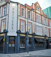 Potters Pub