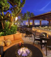 Moray's Lounge