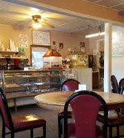 Maike's Bakery & Pizza