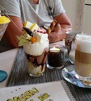 Eiscafe Eiswurfel