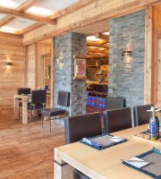 Konig Ludwig Lounge & Indoor Biergarten