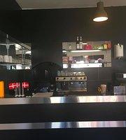 Café Danasia