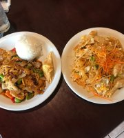‪Peppers Thai Cuisine‬