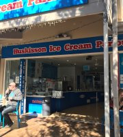 Huskisson ice cream parlour