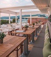 Restaurant Green & Grill