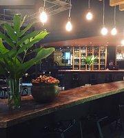 La Cave Bar