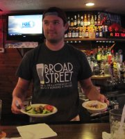 Broad Street Bar