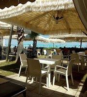 Chaler Ristorantino Saari Beach