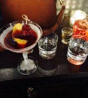 Black Tot Bar