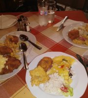 Piroska Cafe and Restaurant