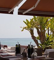 La Cantina Food & Drinks/ Restaurant/ Oceanfront
