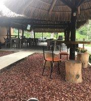 La Gata Flora Restaurante