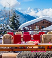 Le Rouge Restaurant & Apres-Ski