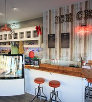 Fortes Ice Cream Parlour