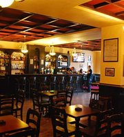 Twomey's Irish Pub
