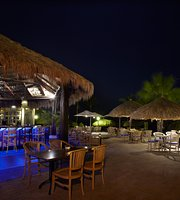 Water's Edge Restaurant & Bar Aruba