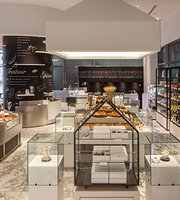 ‪The Mandarin Oriental Gourmet Shop‬