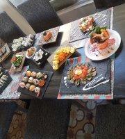 Kaori Asian Cuisine & Sushi Deli