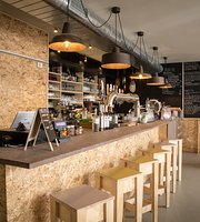 Busat | pub • beer • food
