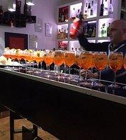 Pier 41 Lounge Bar