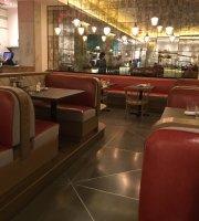 Crimson Diner