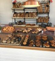 Brod a la francaise bakery & cafe