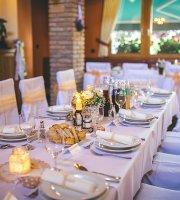 Fehér Akác étterem