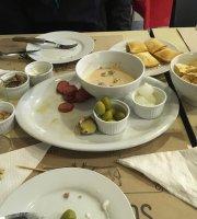 Los Tercos Restaurant