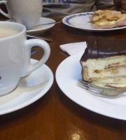 Mano's Cafe