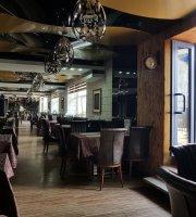 C & C Lounge Cafe