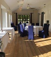 Hampton Court Palace Bar & Restaurant