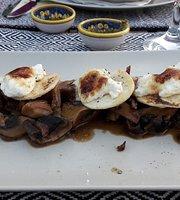 Eucalyptos Restaurant