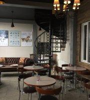 Sólvangur Stable Café / Hestakaffihús