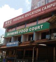 Womens food Court