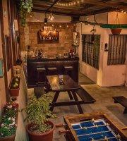Brew Coffee, Wine & Beer Garden