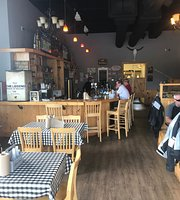 Horn Dawgs BBQ Tap & Grill
