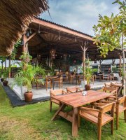 Beach Garden - In The Raw Bali