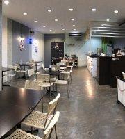 Hongkong Style Cafe