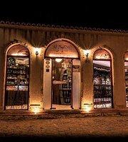 Di Vino - Wine House