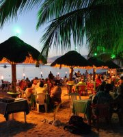 Alberto's Beach Bar & Restaurant