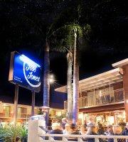 Jose Jones Restaurant & Bar