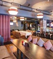 Territoria Bar and Restaurant