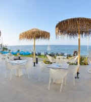 Plaza Verde Beach Bar