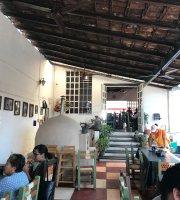 """Restaurant """"El Chapalilla"""""""